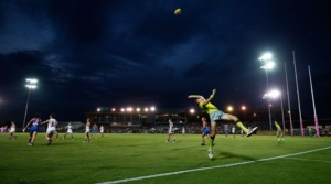 MELBOURNE, AUSTRALIA - FEBRUARY 4: The boundary umpire throws the ball in during the 2017 AFLW Round 01 match between the Western Bulldogs and the Fremantle Dockers at VU Whitten Oval on February 4, 2017 in Melbourne, Australia. (Photo by Adam Trafford/AFL Media)
